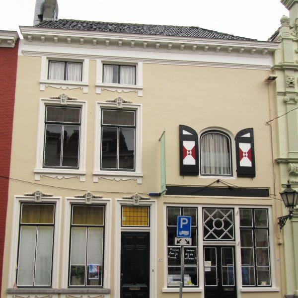 Lievevrouwestraat 39